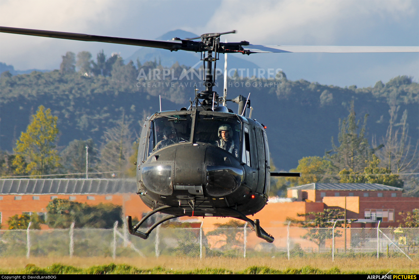 Colombia - Police PNC-0724 aircraft at Chía