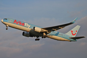 PH-OYE - Arke/Arkefly Boeing 767-300ER