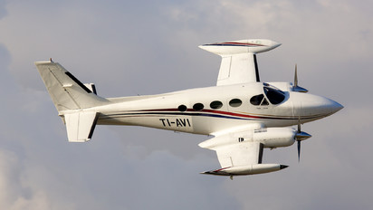 TI-AVI - Private Cessna 340
