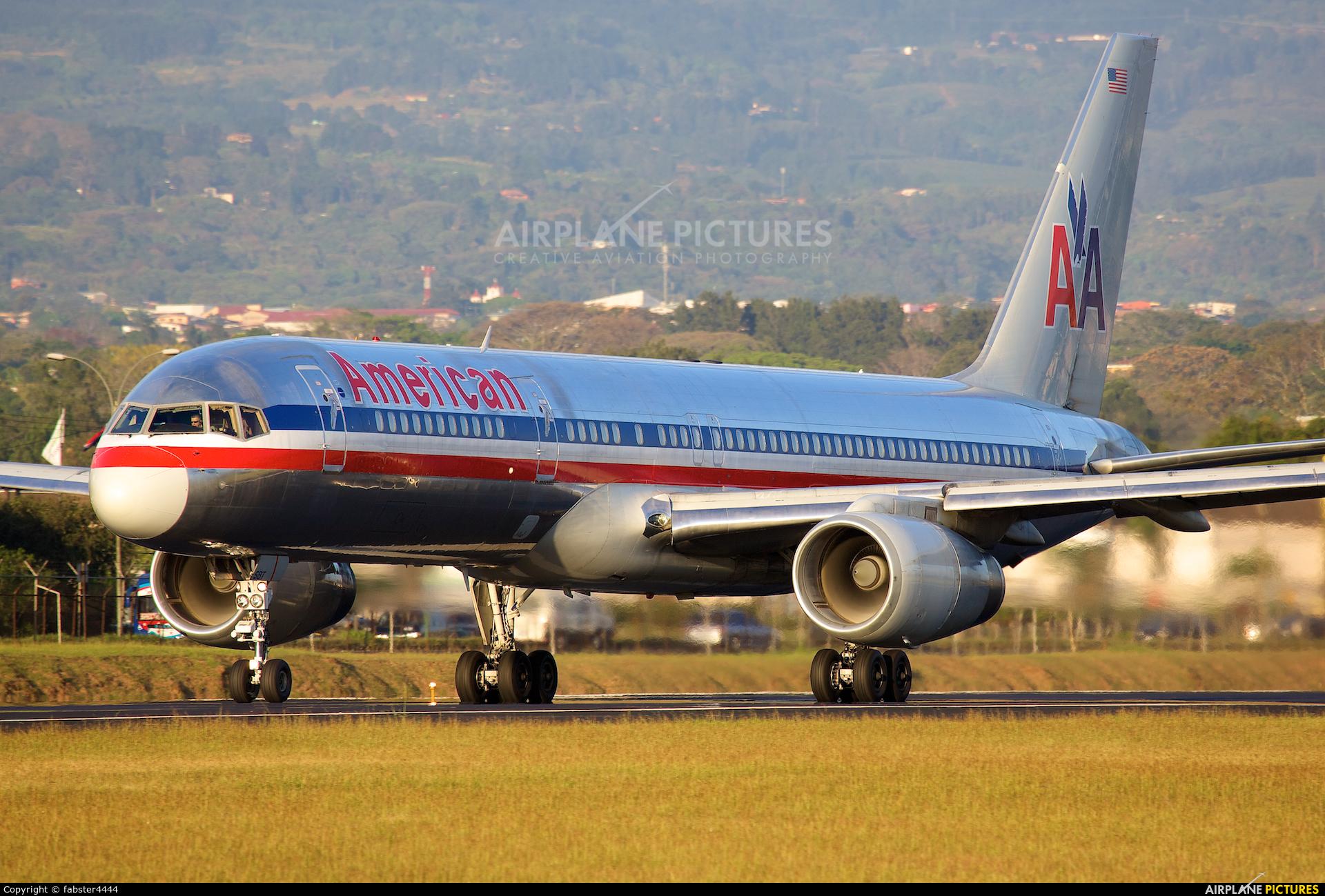 American Airlines N647AM aircraft at San Jose - Juan Santamaría Intl