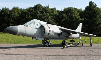 ZD610 - Royal Navy British Aerospace Sea Harrier FA.2