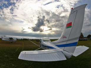 EW-411LL - Private Cessna 182 Skylane (all models except RG)