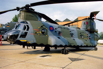ZA711 - Royal Air Force Boeing Chinook HC.1