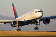 N652DL - Delta Air Lines Boeing 757-200 aircraft
