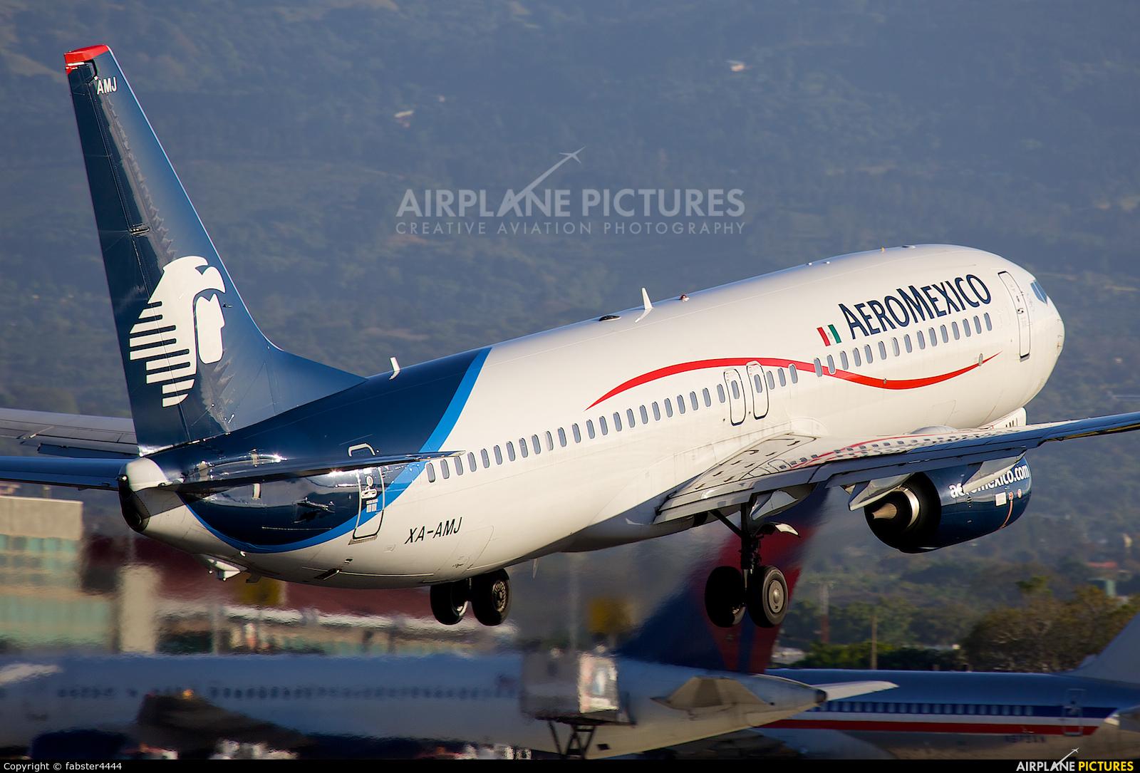 Aeromexico XA-AMJ aircraft at San Jose - Juan Santamaría Intl