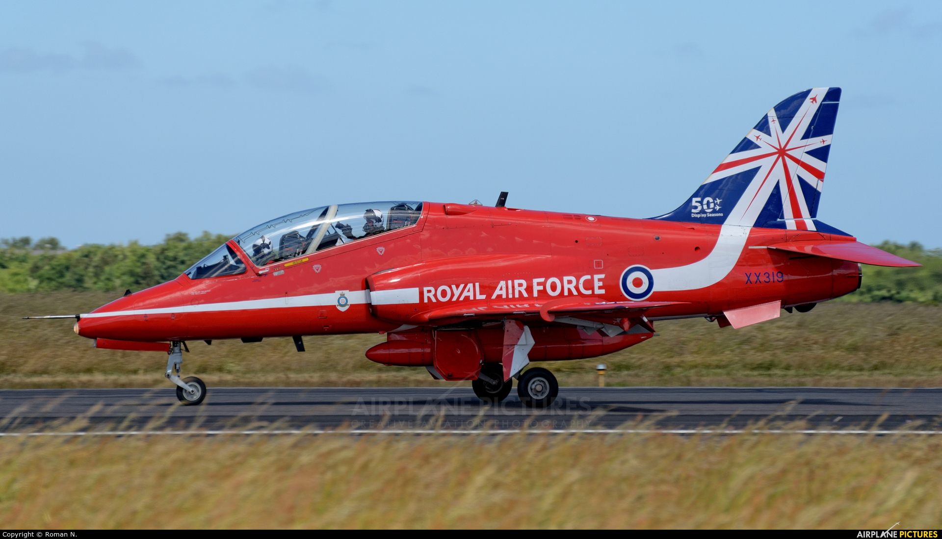 """Royal Air Force """"Red Arrows"""" XX319 aircraft at Karup"""