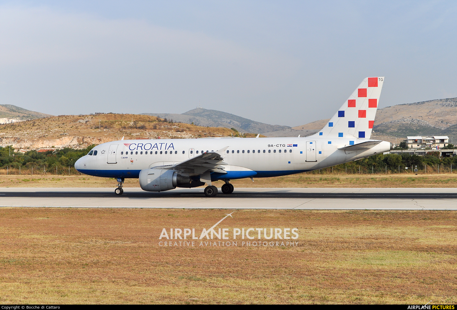 Croatia Airlines 9A-CTG aircraft at Split - Kaštela
