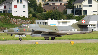 HB-RVW - Switzerland - Air Force Hawker Hunter F.58
