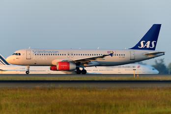 OY-KAP - SAS - Scandinavian Airlines Airbus A320