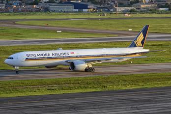 9V-SWH - Singapore Airlines Boeing 777-300ER