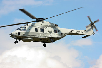 CSX81720 - Netherlands - Navy NH Industries NH90 NFH
