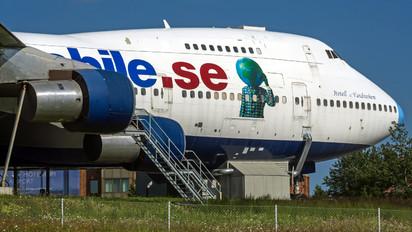 3D-NEE - Jumbo Hostel Boeing 747-200