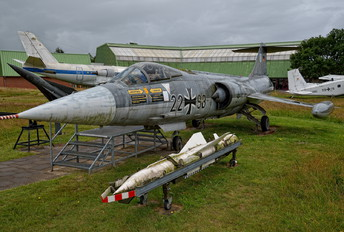 22+98 - Germany - Navy Lockheed F-104G Starfighter