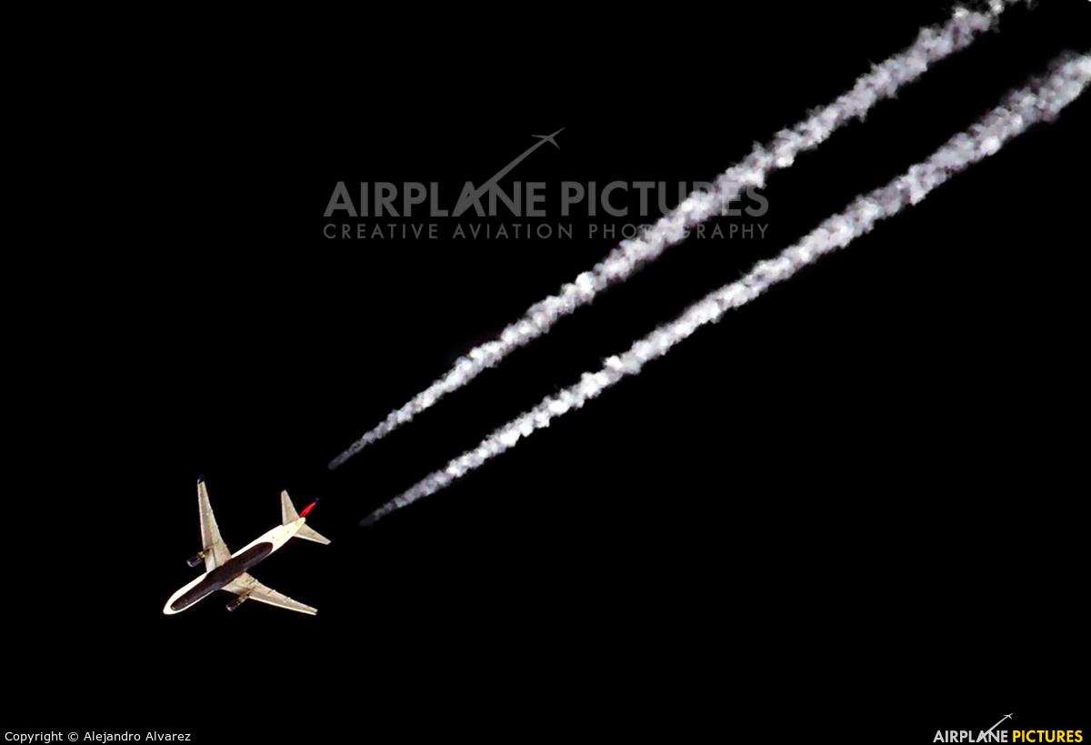 Delta Air Lines N812NW aircraft at Manchester