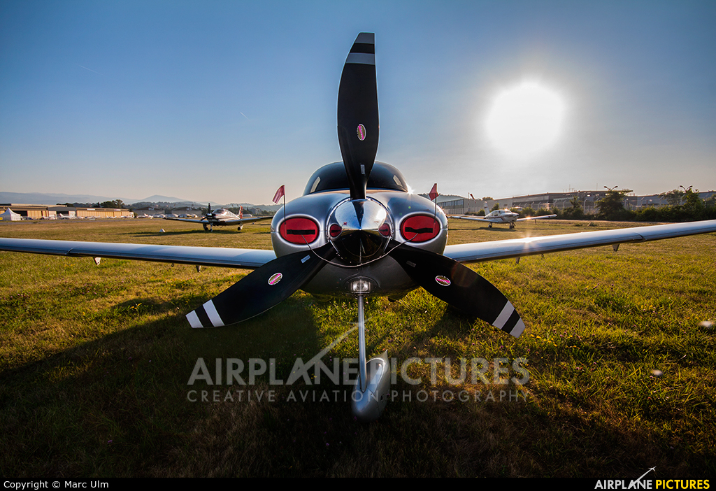 Private N708PP aircraft at Cannes - Mandelieu