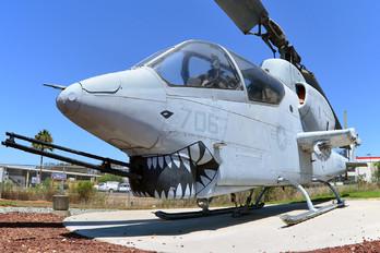 157784 - USA - Marine Corps Bell AH-1J Cobra