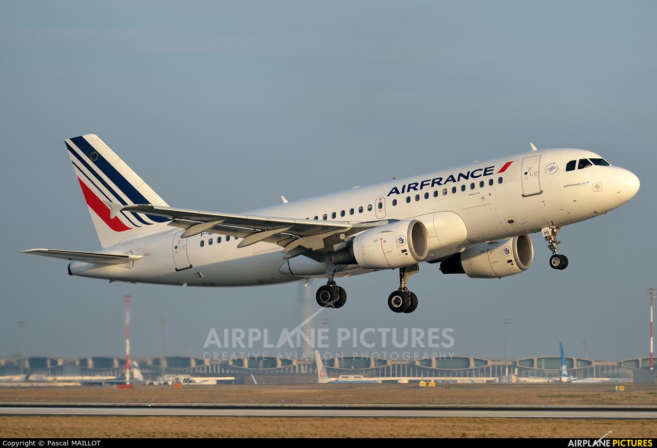 Air France F-GRHI aircraft at Paris - Charles de Gaulle