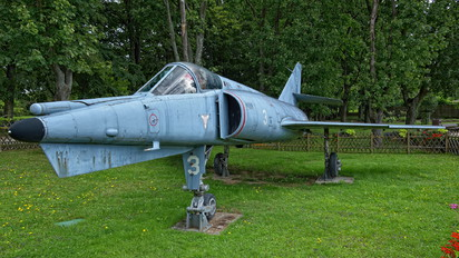 3 - France - Navy Dassault Etendard IV P