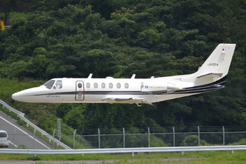 JA001A - Private Cessna 560 Citation Ultra