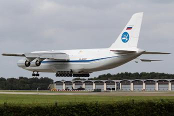 RA-82037 - 224 Flight Unit Antonov An-124