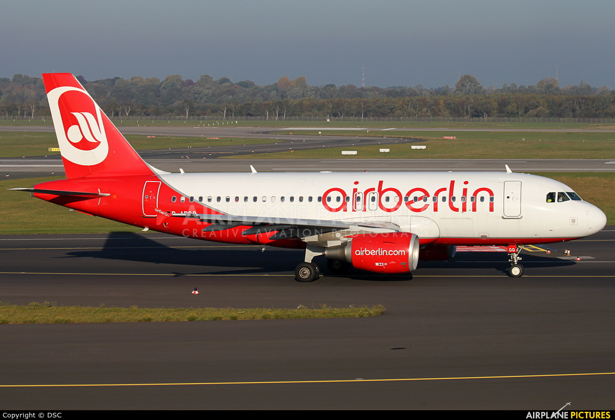 Air Berlin D-ABGQ aircraft at Düsseldorf
