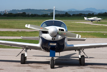 I-MARK - Private SIAI-Marchetti SF-260
