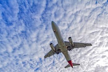 PR-MAD - TAM Airbus A320