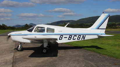 G-BCGN - Private Piper PA-28 Cherokee