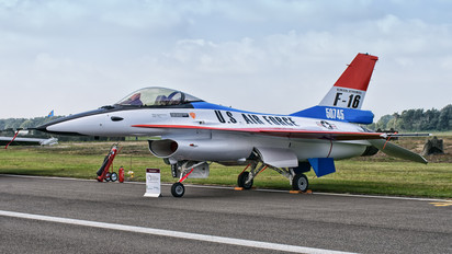 FA104 - Belgium - Air Force General Dynamics F-16AM Fighting Falcon