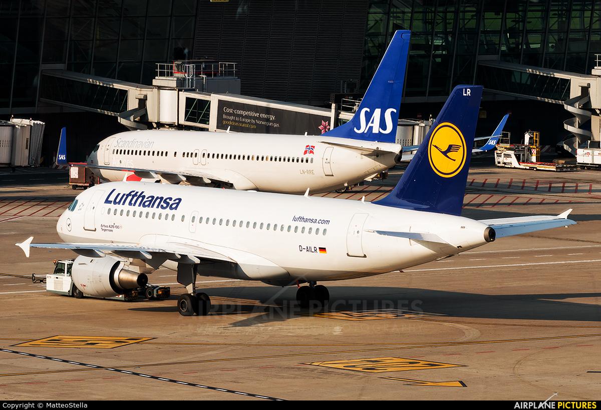 Lufthansa D-AILR aircraft at Brussels - Zaventem