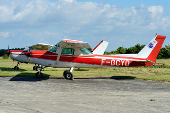 F-GCYD - Private Cessna 152