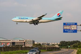 HL7492 - Korean Air Boeing 747-400