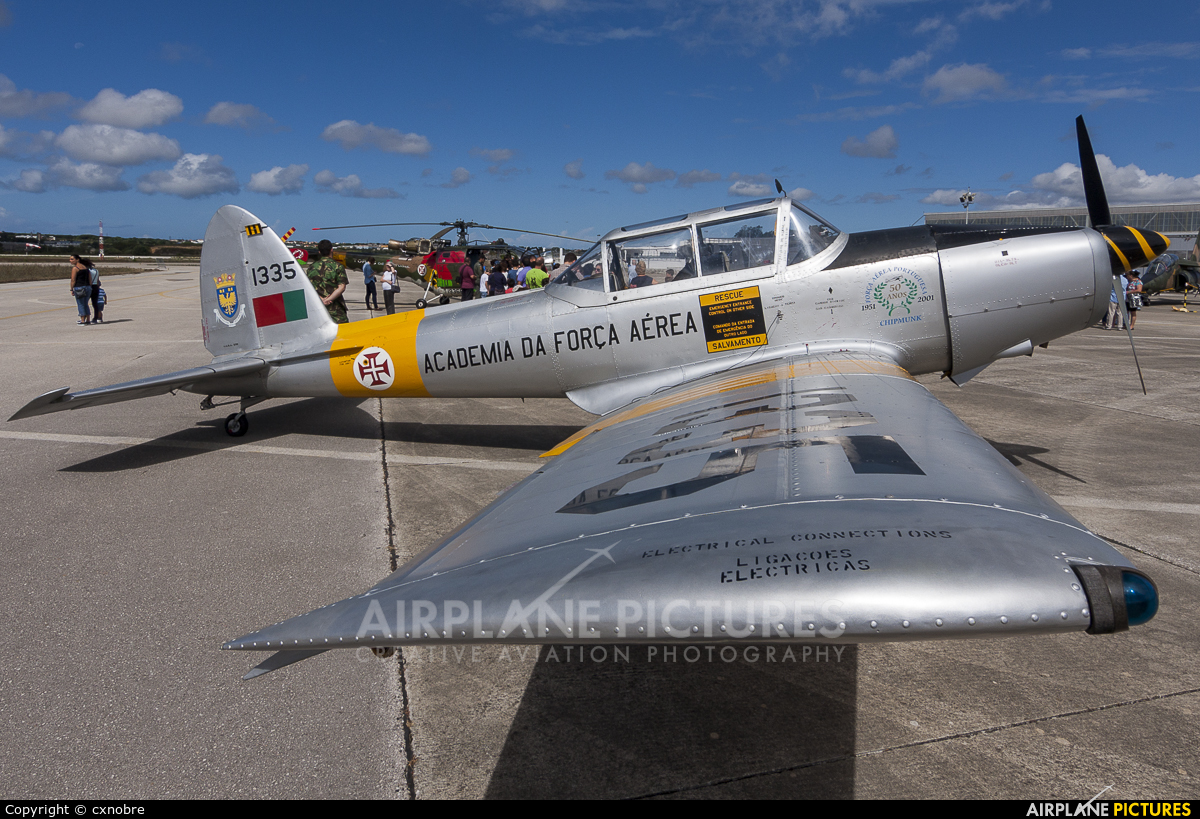 Portugal - Air Force 1335 aircraft at Sintra