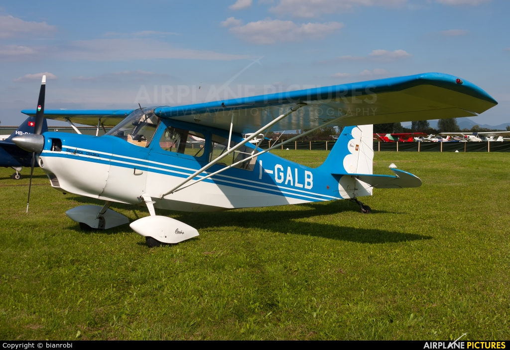 Private I-GALB aircraft at Montagnana