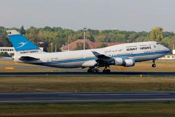 9K-ADE - Kuwait Airways Boeing 747-400
