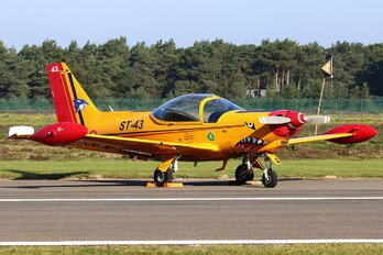 "ST-43 - Belgium - Air Force ""Hardship Red"" SIAI-Marchetti SF-260"