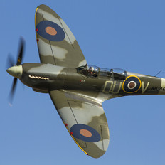 ML407 - Private Supermarine Spitfire Mk.IX