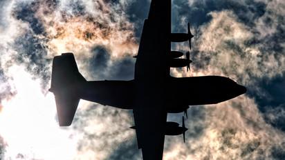 - - USA - Air Force Lockheed C-130H Hercules