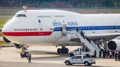 10001 - Korea (South) - Air Force Boeing 747-400