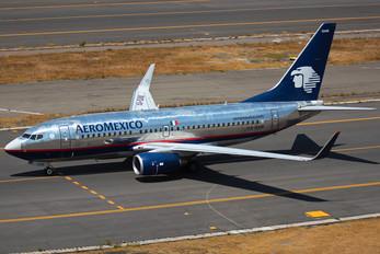 XA-QAM - Aeromexico Boeing 737-700