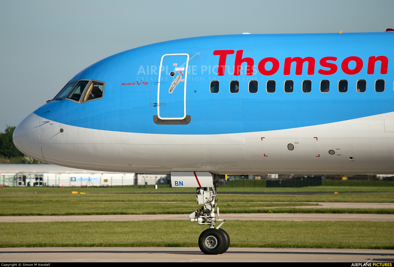 Thomson/Thomsonfly G-OOBN aircraft at Manchester
