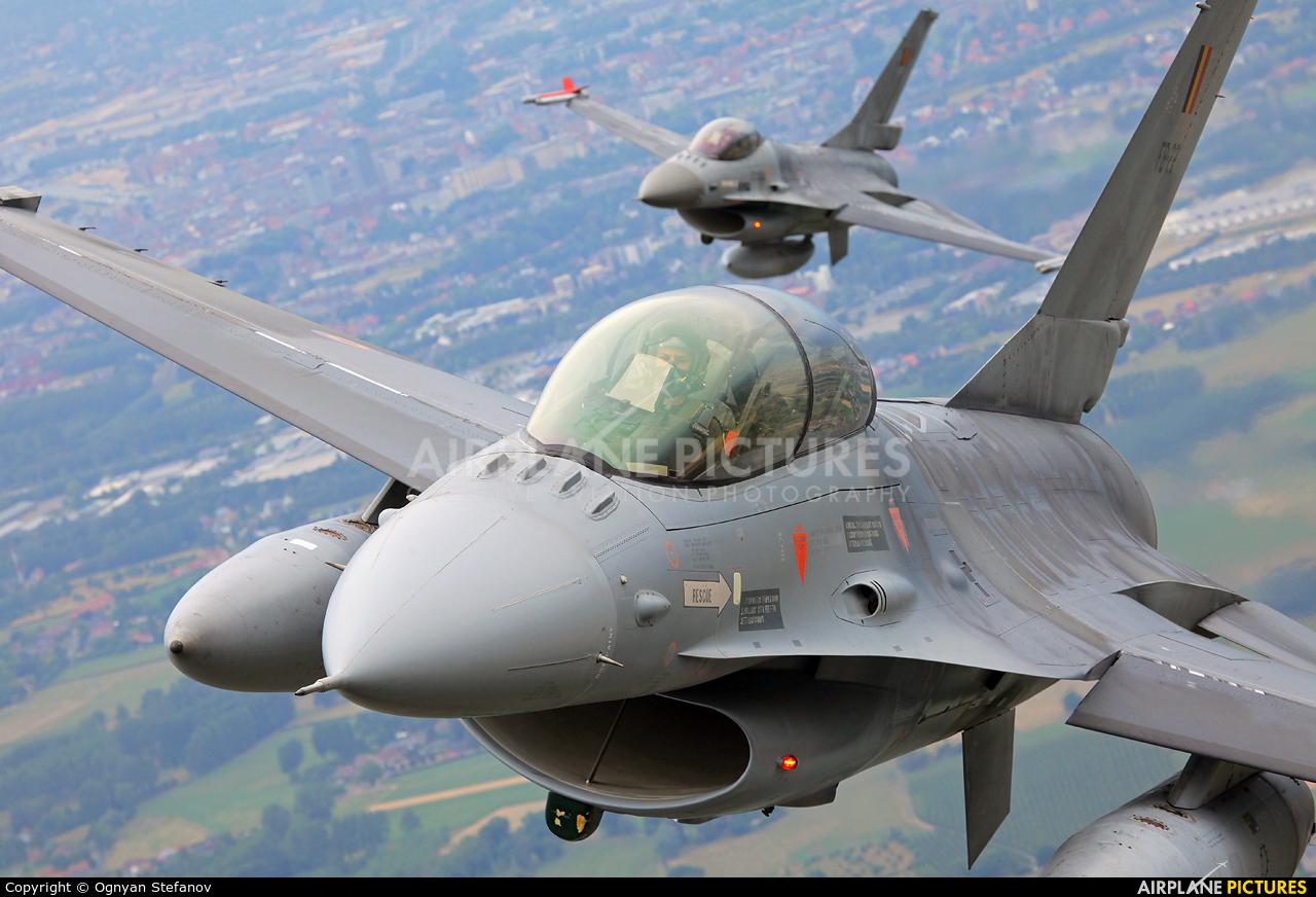 Belgium - Air Force FB-22 aircraft at In Flight - Belgium
