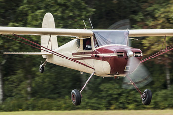 N89010 - Private Cessna 140