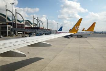 TC-AAI - Pegasus Boeing 737-800