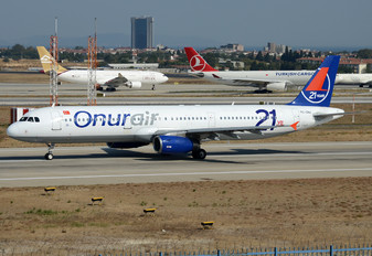 TC-ONJ - Onur Air Airbus A321