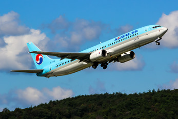 HL7728 - Korean Air Boeing 737-900