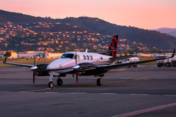 N296KA - Beechcraft Beechcraft 90 King Air