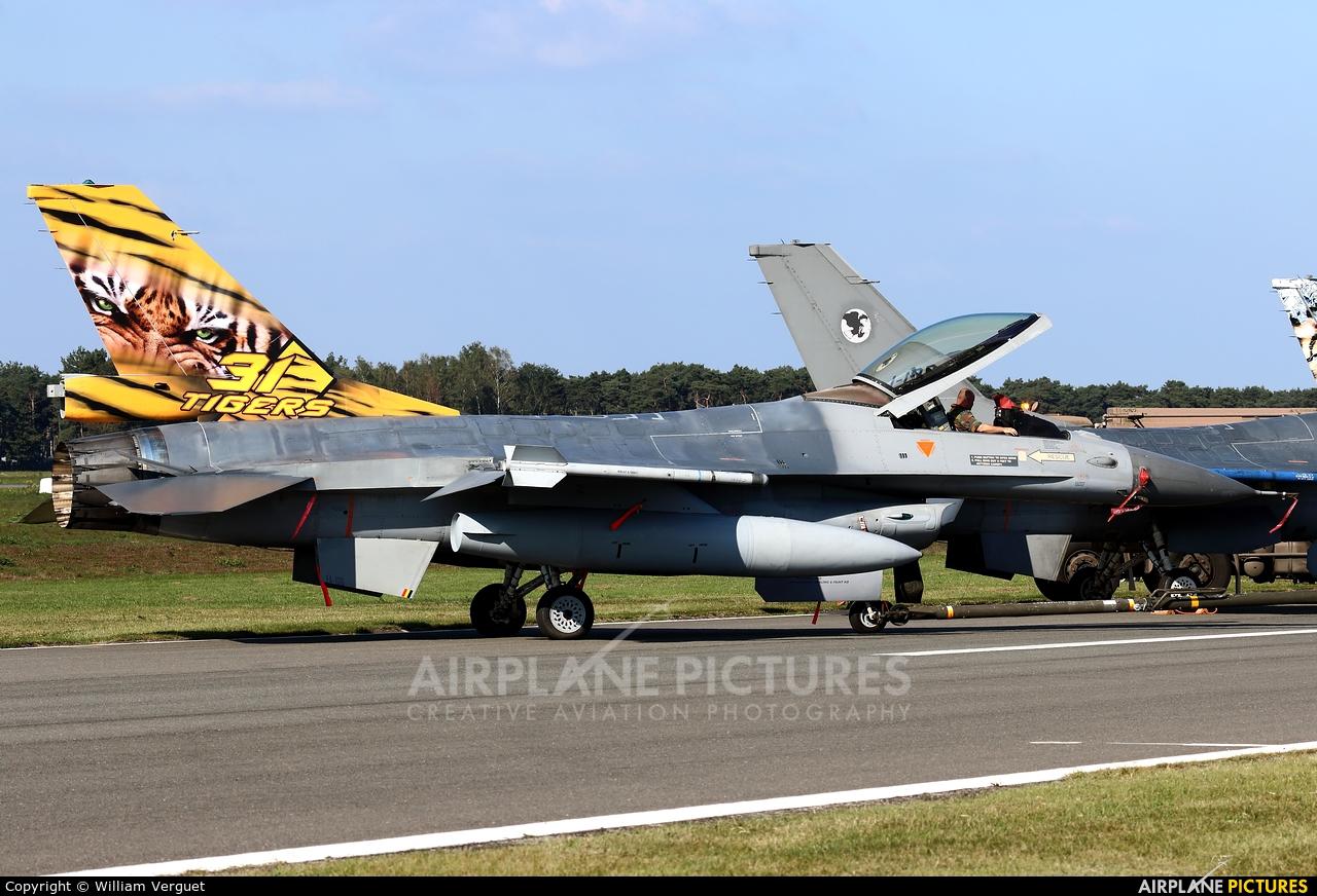 Belgium - Air Force FA-106 aircraft at Kleine Brogel