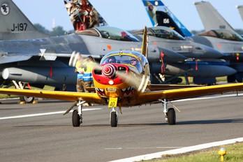 "ST-40 - Belgium - Air Force ""Hardship Red"" SIAI-Marchetti SF-260"
