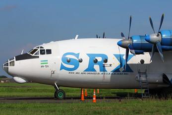 UK11418 - Avialeasing Antonov An-12 (all models)